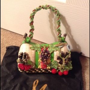 Handbags - MARY FRANCES COLLECTIBLE! GORGEOUS😀😍😘