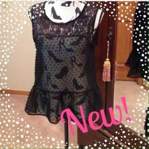 Darling Top with Lace and Polka Dots Sz M