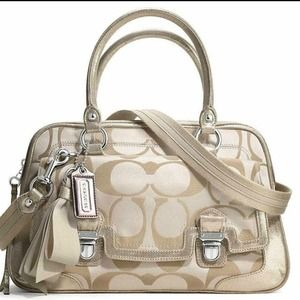 🍀NWT Coach Poppy Sig Sateen push lock satchel 🍀