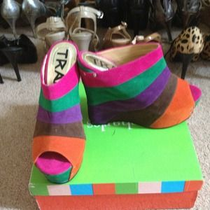 traffic Shoes - Rainbow wedge sandal by Traffic!!!