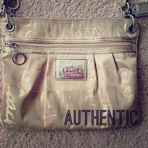 Authentic COACH shoulder bag/crossbody