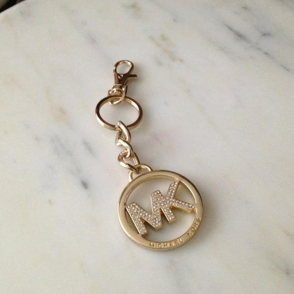 6b74532ef457 🌀REDUCED🌀Michael Kors keychain purse fob. M 520aad97e1267a16e106a458