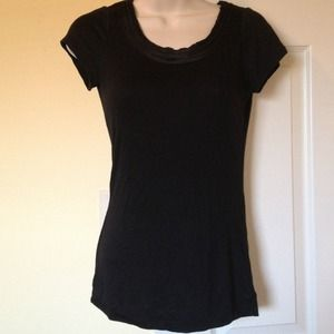 The limited xs black top