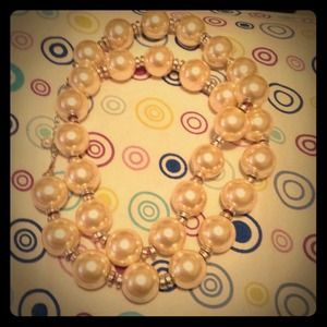 Brand new large pearl necklace