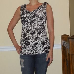 BRAND NEW!!! Black/white printed top NEW!!