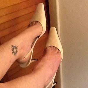 Nicole Miller sling back leather heels REDUCED
