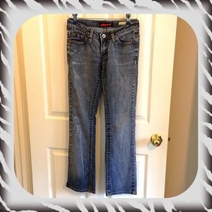 Dollhouse jeans sz 28 or 7/9