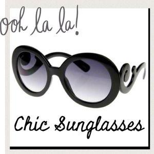****PRICE REDUCED****Designer  inspired sunglasses