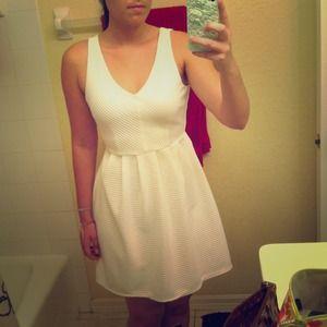 $19 TODAY! BNWT beautiful textured white dress!