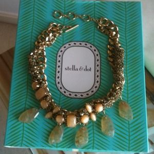 HOST PICK! Stunning Stella Dot Jacqueline Necklace