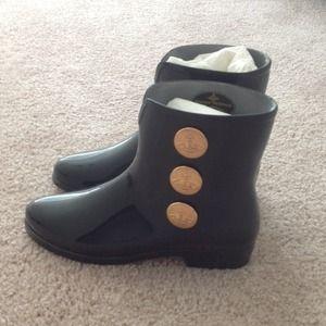 Vivienne Westwood Rain boot。No Trade
