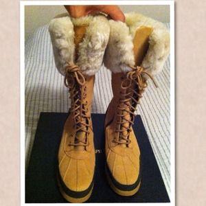 👀 Ralph Lauren Boots..super cute!! 💕