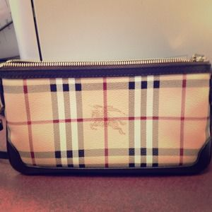 Authentic Burberry Cross body!