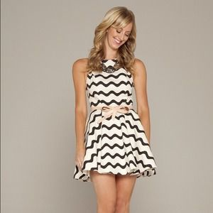 Anthropologie Dresses & Skirts - Black and White Chevron Dress + Bow Belt