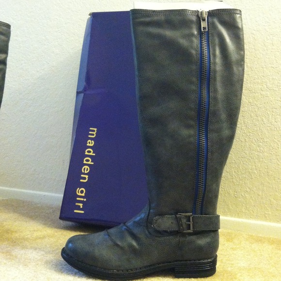 3fe89727fb NEW Madden Girl Zandora Boots w  Blue Zipper 8