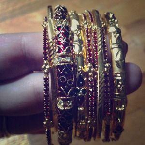 Jewelry - embellished bangle set