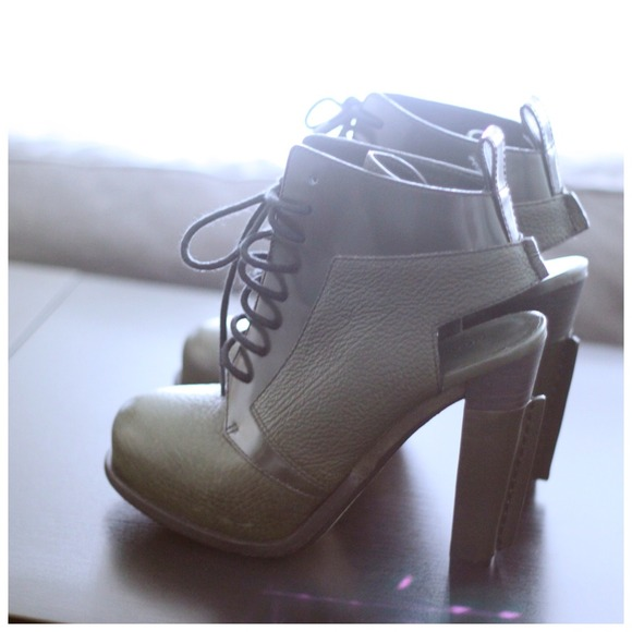 Alexander Wang Boots - ⚠Lowered⚠Alexander Wang Dakota in Army Green 2