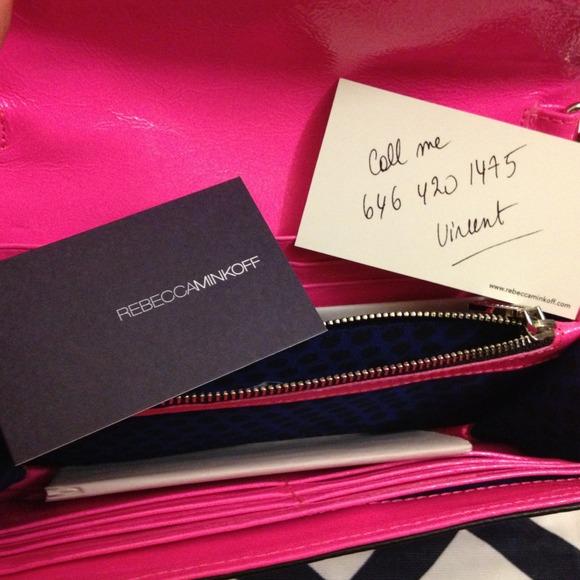 Rebecca Minkoff Bags - CLEARANCE ✳️Rebecca Minkoff Hot Pink Cross Body
