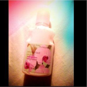 Bath&body enchanted orchid body lotion 85% full