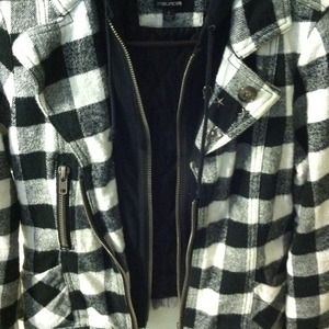 Maurices Jackets & Coats - Maurice's black and white fabulous jacket!