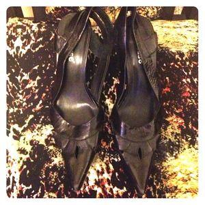 Dollhouse pointed toe peep heels