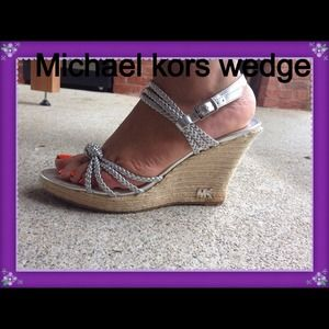 #Michael Kors wedge size 9 good condition