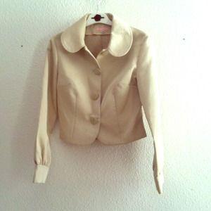 Reduced!!! Quililai short jacket