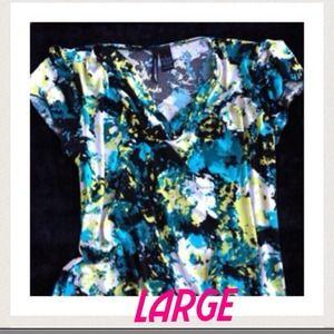 B2)Blue white yellow floral short sleeve blouse lg