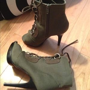 Chinese Laundry Shoes - 🚫Sold on ebay🚫Chinese laundry  opentoe booties