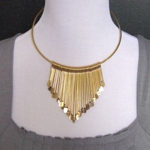 Jewelry - NEW Gold Colored Statement Necklace