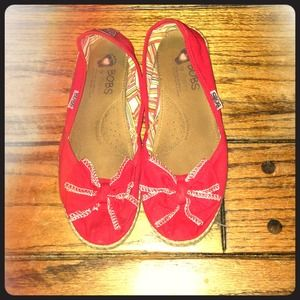 red bobs with bow