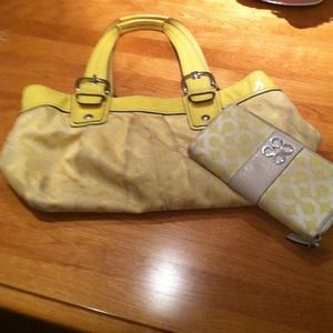 Coach Handbags - Coach purse with matching wallet.