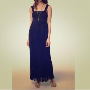 BRAND NEWPleated empire waist maxi dress