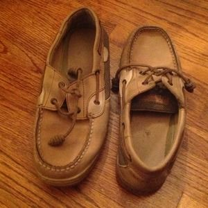 Sperry Top-Sider Bluefish boat shoe leather