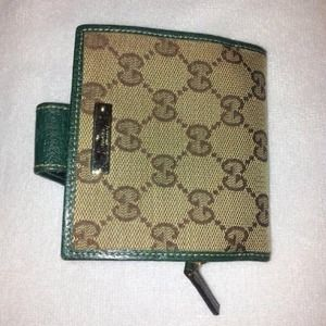 Authentic Gucci Ladies Wallet