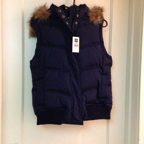 puffer vest - up to 70% off. Well, darn. This item just sold out. Select notify me & we'll tell you when it's back in stock.