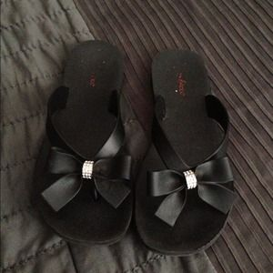 Shoes - Bow detailed sandals