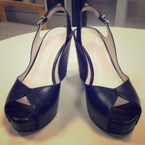 BCBGeneration black leather wedges with straps