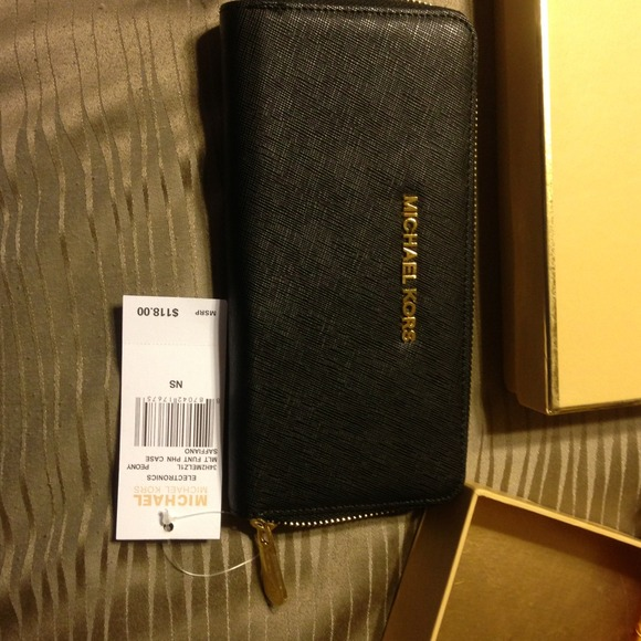 michael kors eyeglass frames michael kors purses and wallets sets