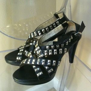 REDUCED 💕 'Burbs' Studded High Heel Sandal