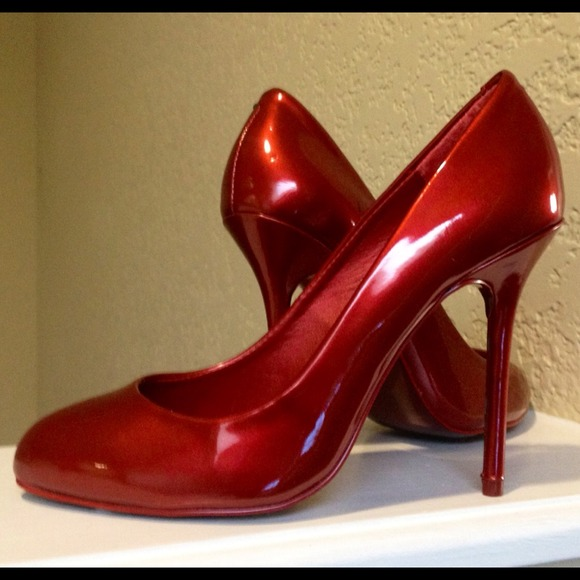 79% off Steve Madden Shoes - Candy Apple Red Pumps by Steve Madden ...
