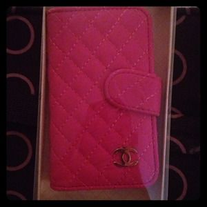 Accessories - iPhone 4 case Pink way cute! New in box
