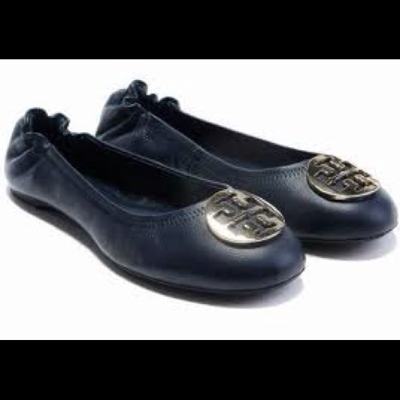 bb80d2584617 Tory Burch Classic Reva Ballet Flats 👠Navy Blue. M 5217e2d720b85f411b01cd19