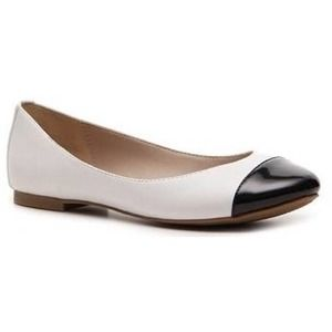 Cap Toe Black and White Flats