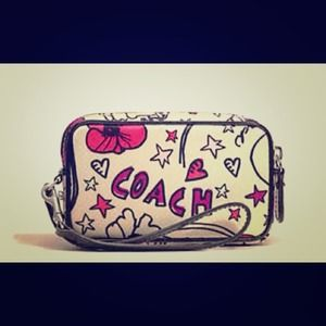 NEW Authentic Coach Phone Wristlet