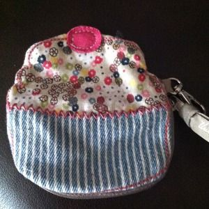 bundled Thirty One cupcake coin purse