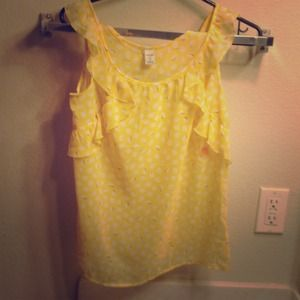 REDUCEDYellow printed top!