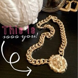 Jewelry - Rihanna Lion Head Pendant Necklace