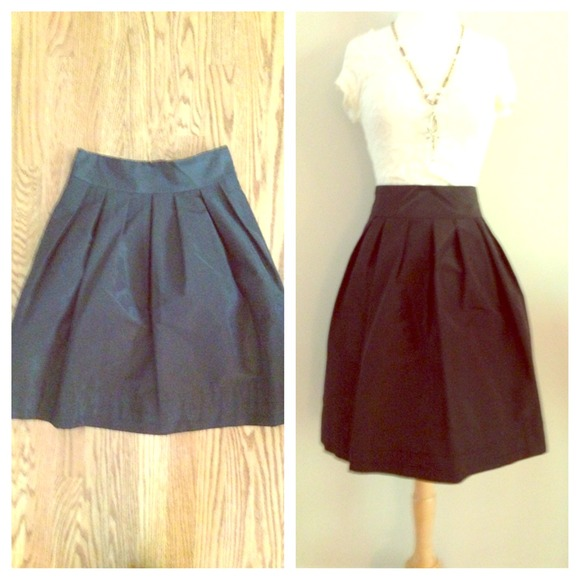 75% off Banana Republic Dresses & Skirts - Elegant high waisted ...