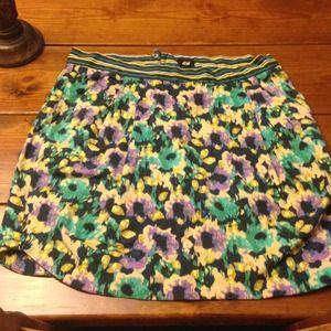 NWOT H&M floral skirt